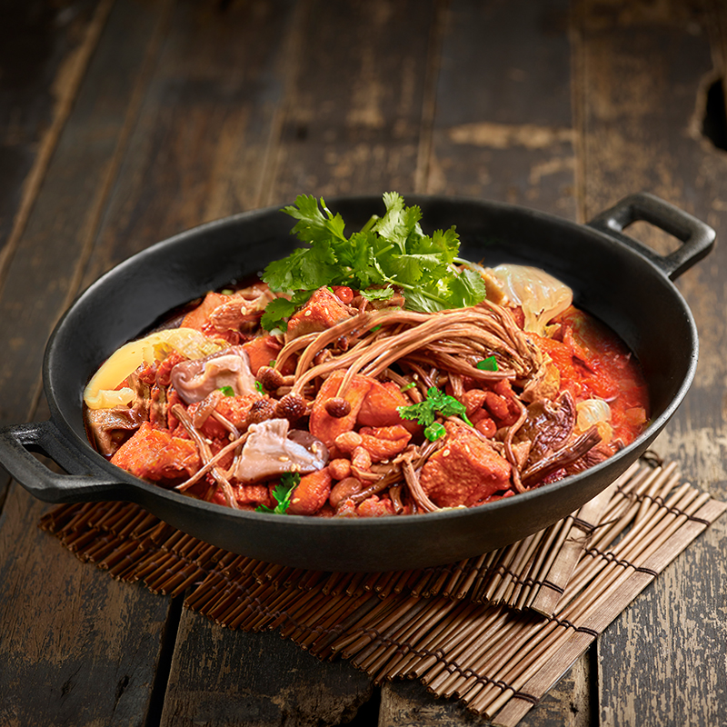 Mushroom Herbs Chicken Pot